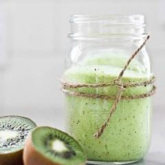 green-smoothie-kiwi